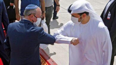 صورة وداعاً نتنياهو… أهلاً بينيت: الإمارات تدور مع العدو حيثما دار