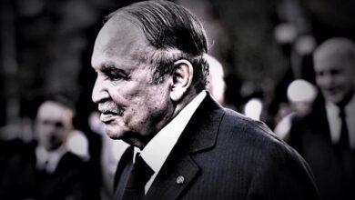 صورة الرئيس الأطول حكماً.. الجزائر تعلن وفاة عبد العزيز بوتفليقة
