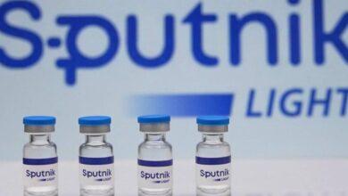 صورة اللقاح من جرعة واحدة الإمارات تعتمد لقاحاً روسياً ثانياً وتعلن خروجها من أزمة كورونا